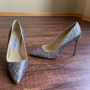 Jimmy choo Gray embroidered lace/leather 10M pumps